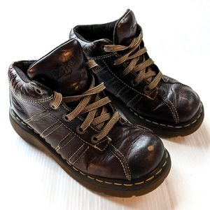 DOC MARTENS 10447 chunky distressed boot shoes
